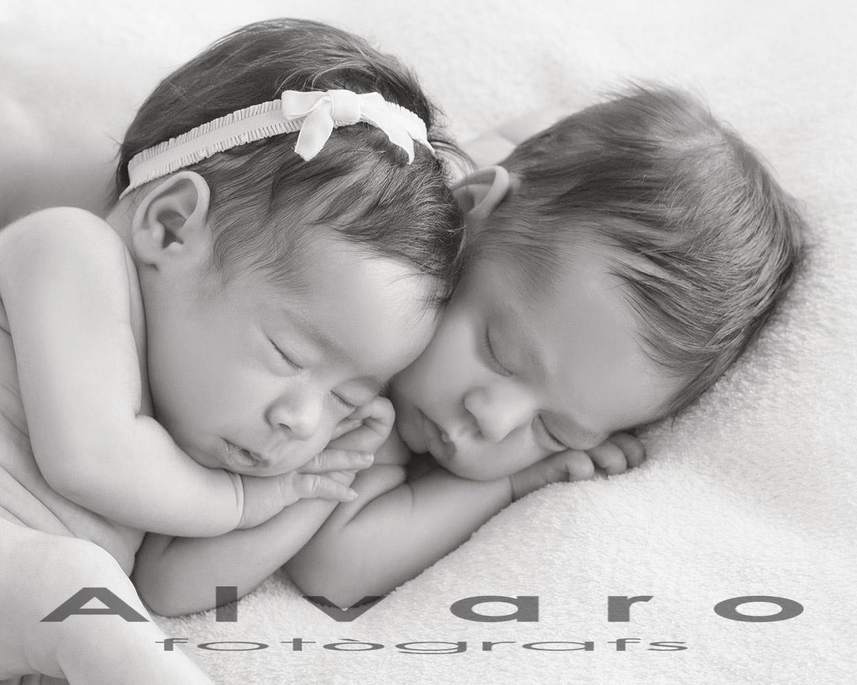 gemelos bebes